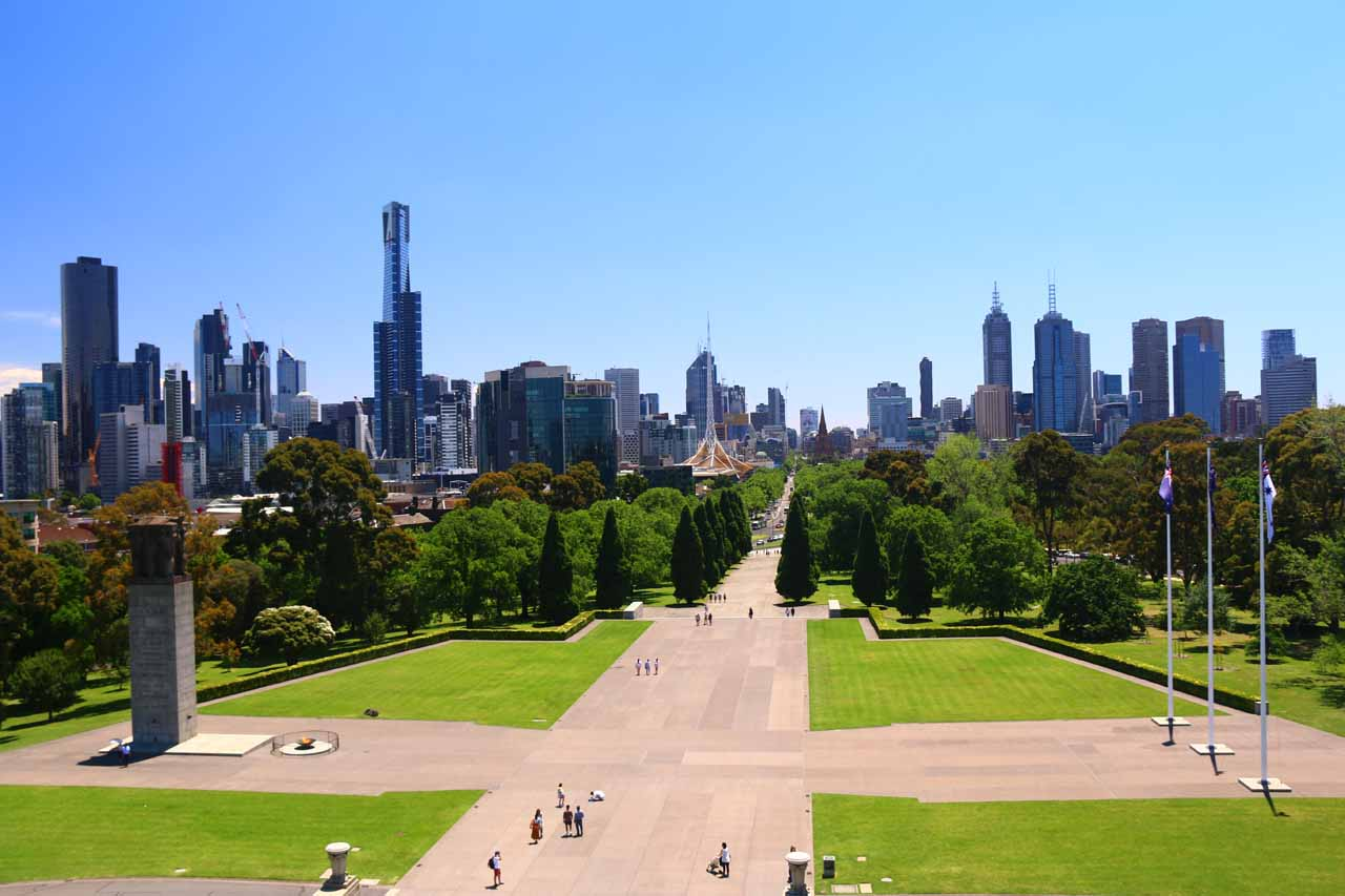 The city of Melbourne was a pretty happening metropolis where it seemed like there was quite a blend of old and new with many festivals going on. This is the CBD viewed from the Shrine of Remembrance