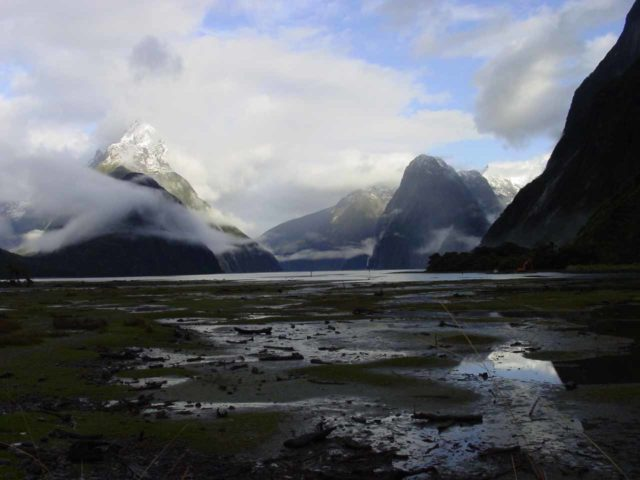 Milford_Sound_007_11302004 - The end of our guided tour was a morning wake-up at the beautiful Milford Sound