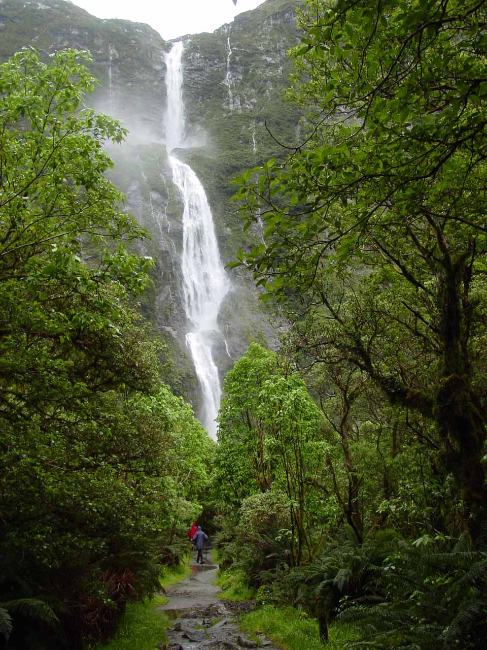 10. SUTHERLAND FALLS [Fiordland National Park, New Zealand]