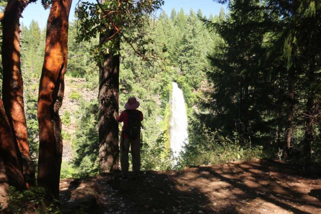 Mill_Creek_Falls_prospect_020_07152016 - Context of Mom checking out Mill Creek Falls