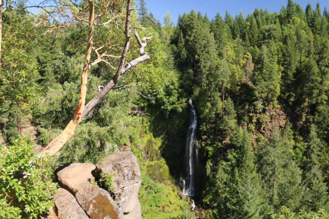 Mill_Creek_Falls_prospect_048_07152016 - Barr Creek Falls was the companion waterfall to Mill Creek Falls. This one had a taller and more graceful characteristic than the latter