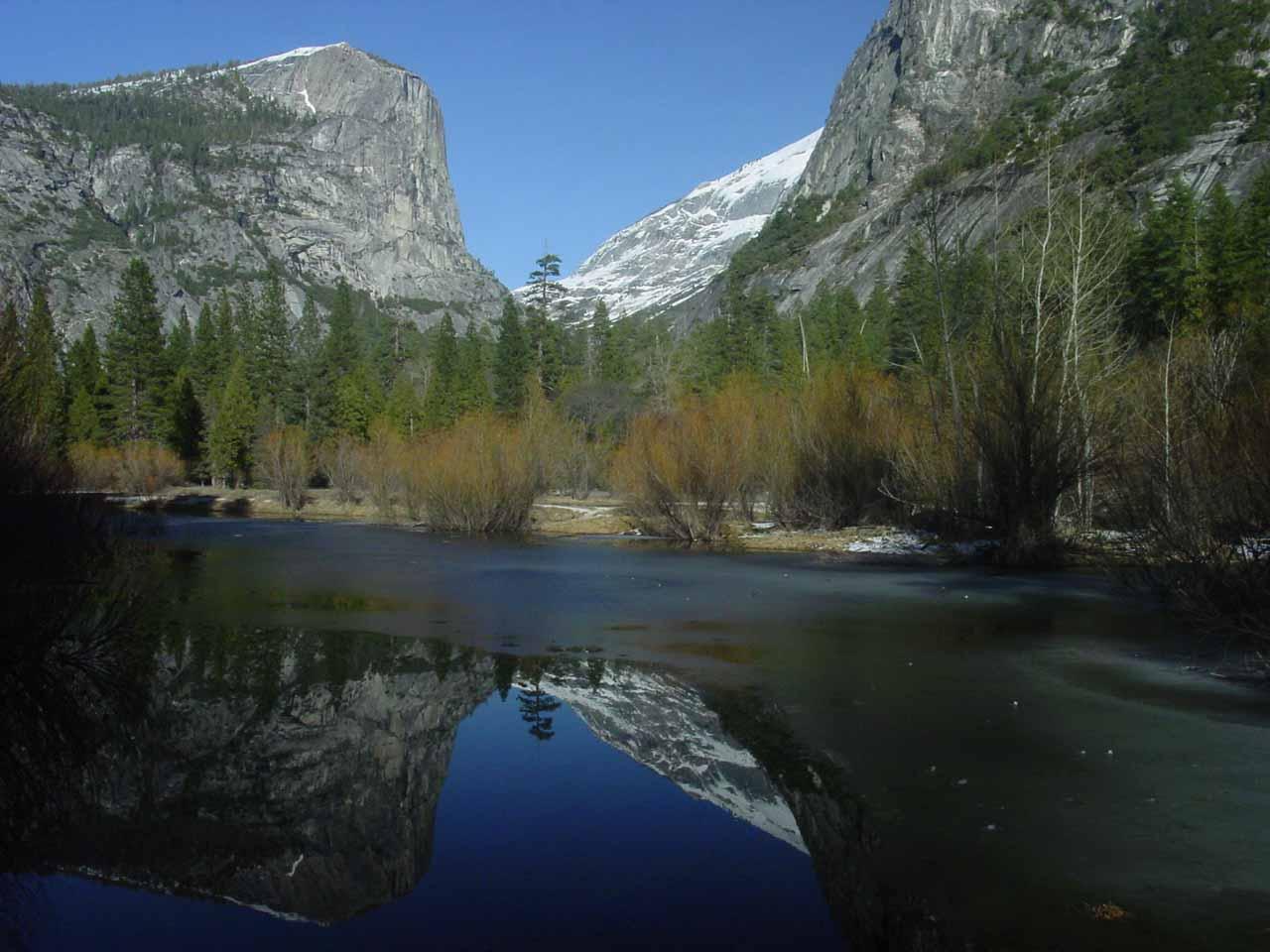 The partially frozen Mirror Lake