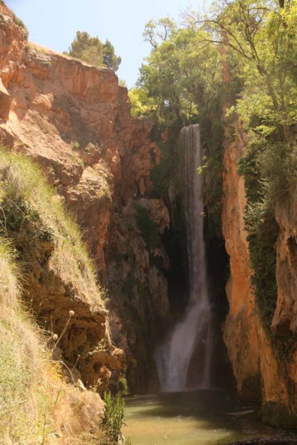 Monasterio_de_Piedra_294_06052015 - Looking back at the entire drop of the Cola de Caballo (one of Monasterio de Piedra's signature waterfalls) while battling a little bit of spray being funneled towards the mirador