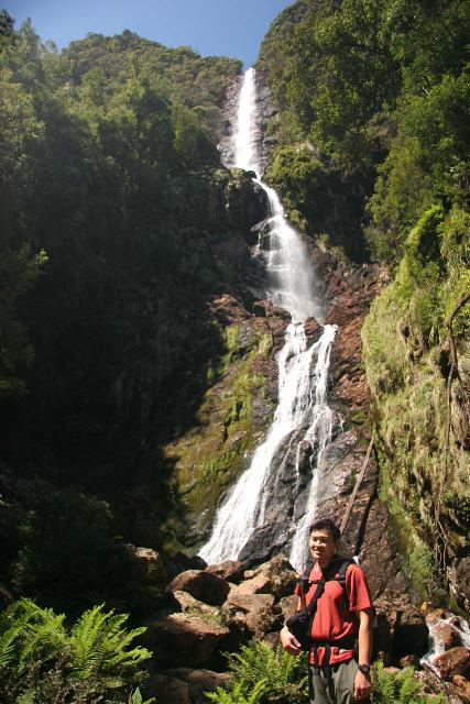 You might tell in this picture that the burden of improperly carrying the holster bag (not using the ability to attach to the hip belt) resulted in me getting tired by the time I made it to Montezuma Falls in Tasmania