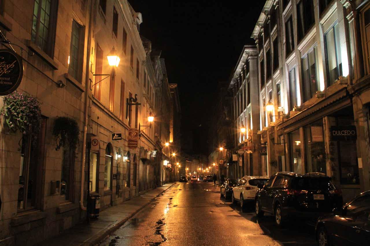Night walking in Rue St-Paul