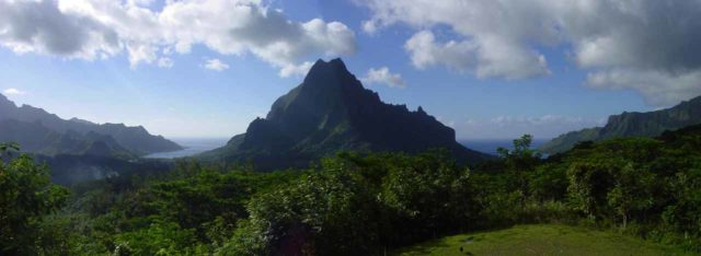 Moorea_Belvedere_001_stitched_01242014 - The Belvedere of Mt Rotui in Moorea