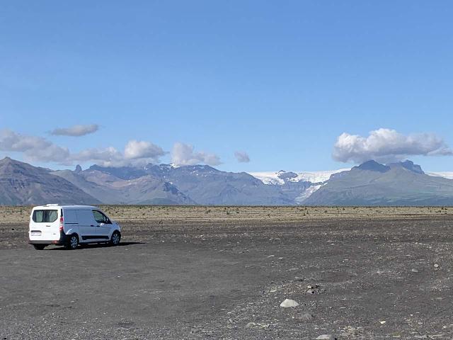 Morsarfoss_005_iPhone_08082021 - Here's a contextual perspective of how far Morsárfoss is when seen from the Háöuldukvisl Picnic Area from within the Skeiðarársandur Plains