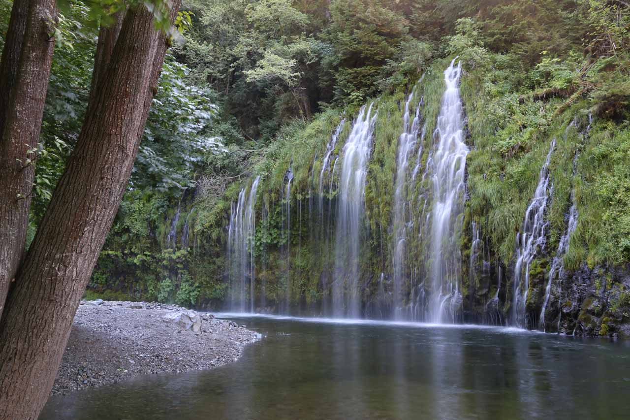 I scrambled a little further downstream along the Sacramento River for this somewhat angled view back at the right side of Mossbrae Falls