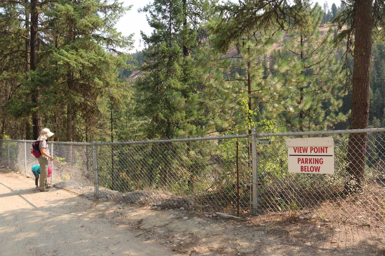 Julie and Tahia at the sanctioned viewpoint for the upper drop of Moyie Falls
