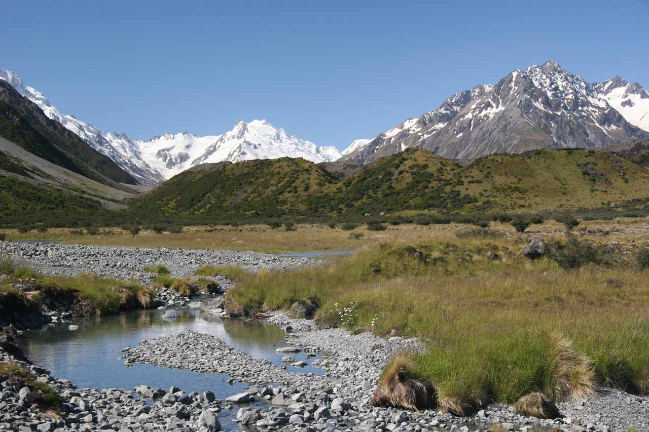 This was the attractive Tasman Valley as we were headed towards both Wakefield Falls and the Tasman Glacier