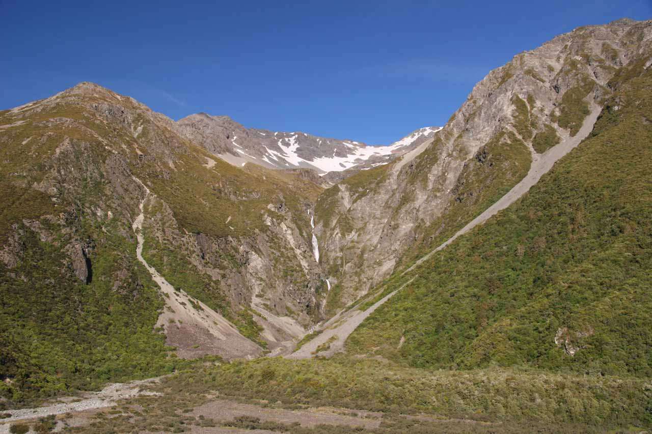 The full context of Wakefield Falls seen from the Tasman Valley Road