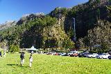 Multnomah_Falls_007_04052021 - Julie and Tahia walking towards Multnomah Falls