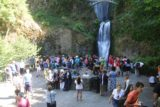 Multnomah_Falls_17_012_08162017 - Last look at the crowded viewing area for the Multnomah Falls before I started to make my steep ascent to the top of the falls