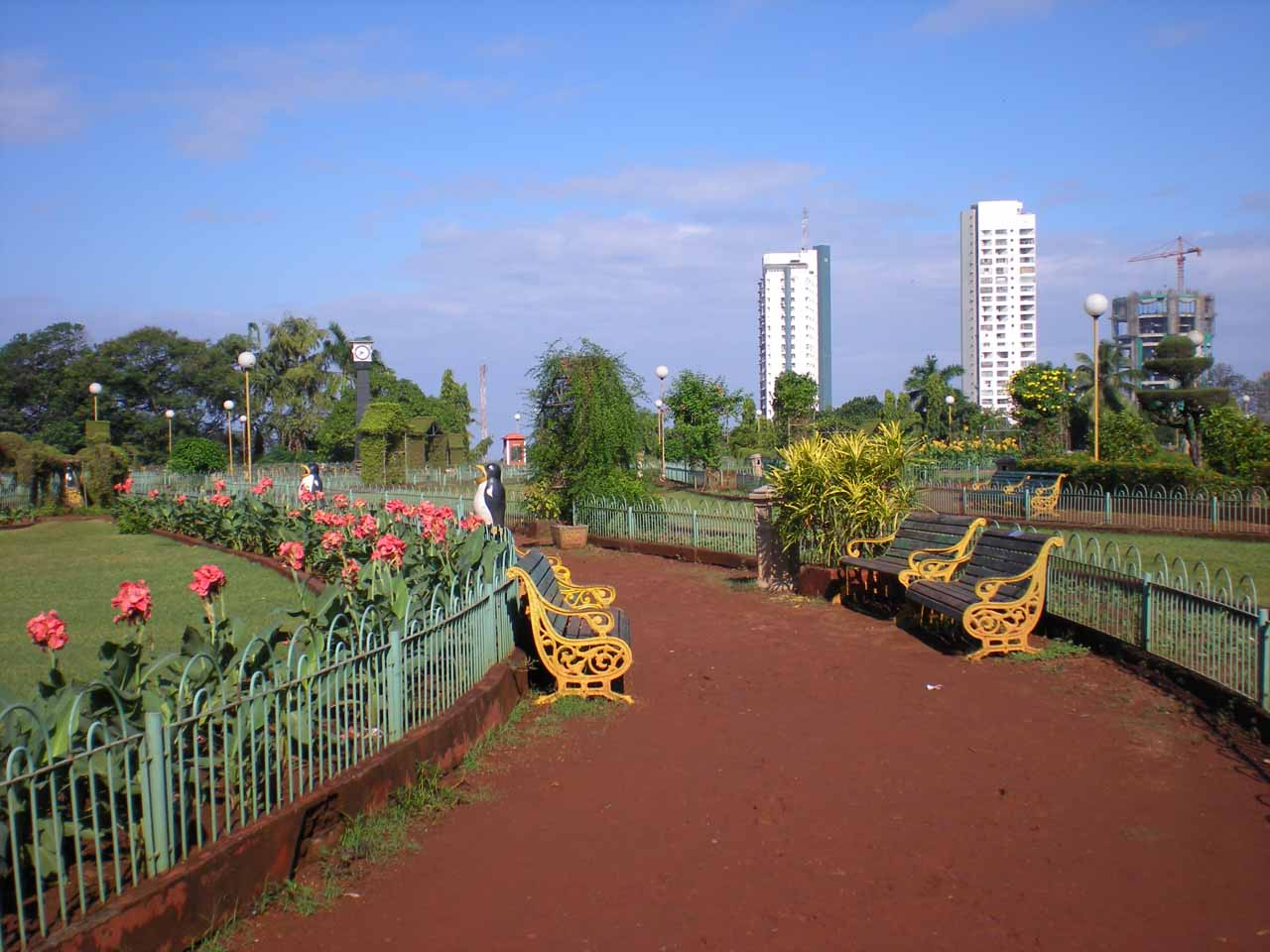 Some park in Mumbai that we briefly walked around