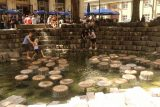 Munich_560_06302018 - Julie's faith in the phone's navigation took us to this interesting fountain that some folks were using to cool off as we were trying to find the St Michael's Church in Munich