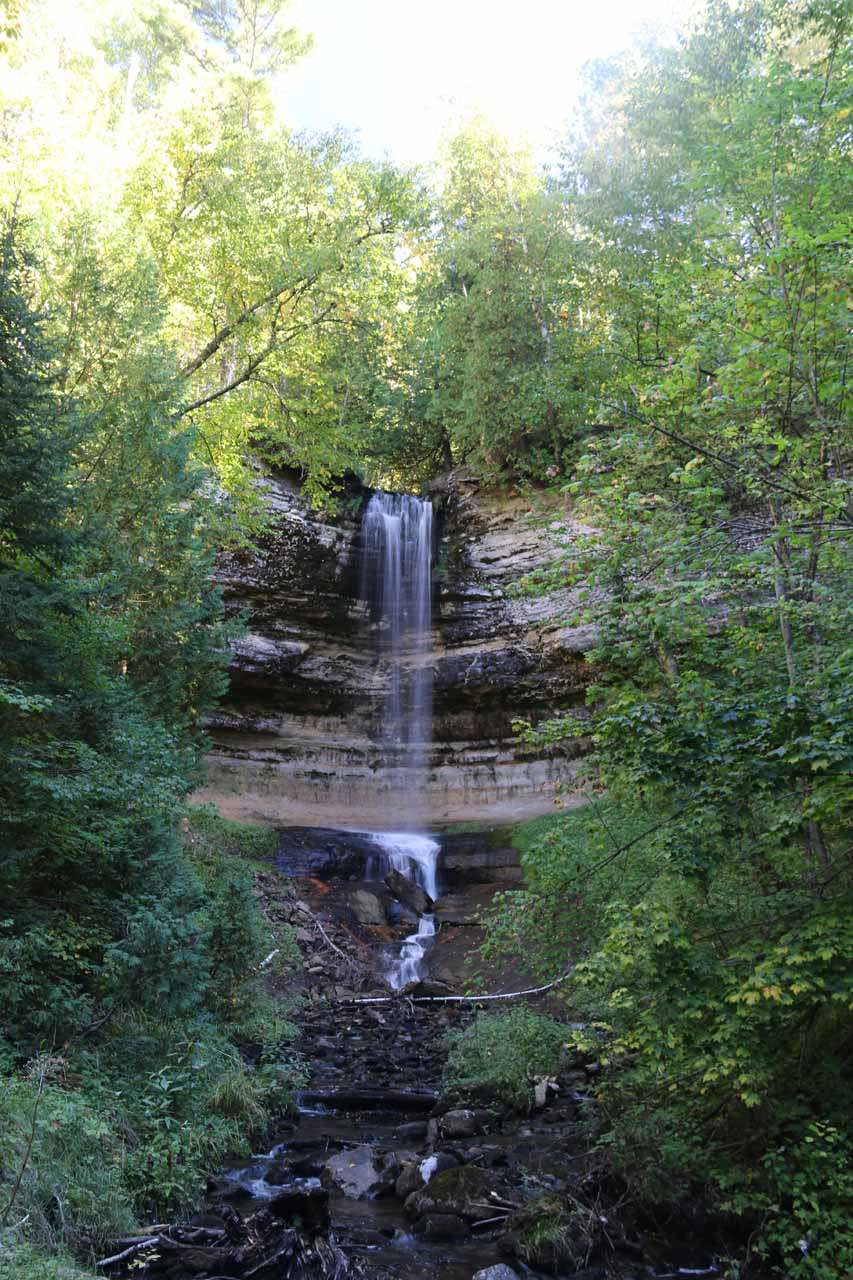First look at the pretty Munising Falls