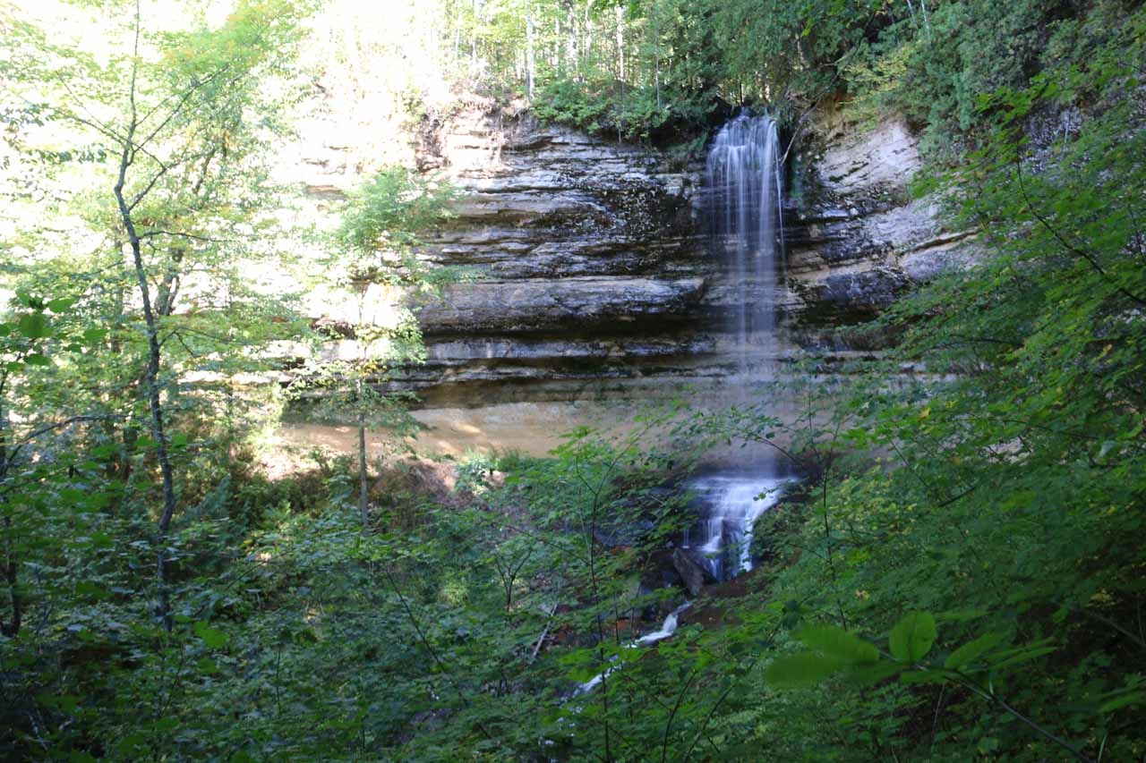 Nice angled view of Munising Falls from the end of the longer of the upper walkways