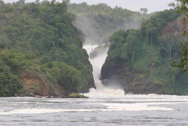 Murchison_Falls_156_06142008 - The front of Murchison Falls seen from the boat safari on the Victoria Nile River