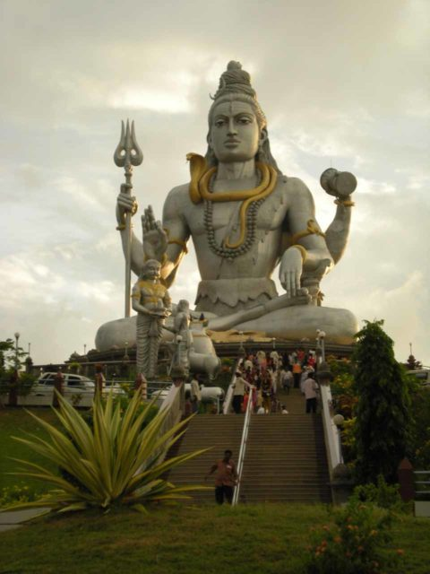 Murudeshwar_041_jx_11152009 - One of the main attractions of Murudeshwar was this giant Shiva Statue