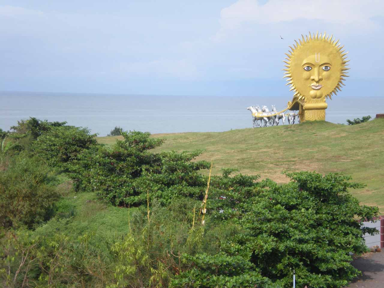 An interesting sunshine statue at Murudeshwar