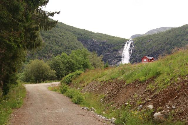 Myklebust_112_07192019 - After the switchbacks, I finally started to see Sanddalsfossen again
