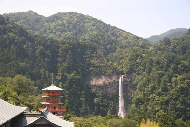Nachi_039_06012009 - The Nachi Waterfall and a pagoda