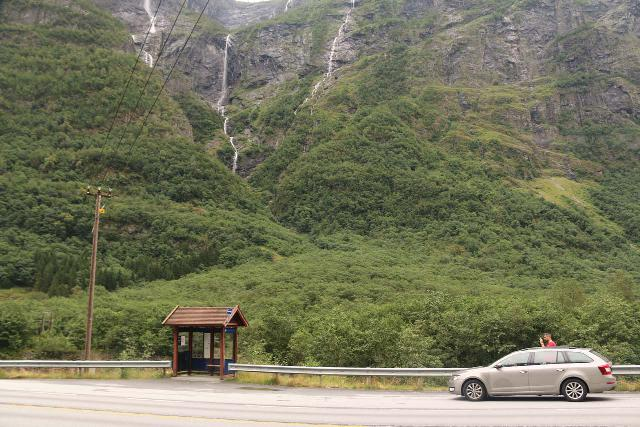 Naeroydalen_047_07232019 - Context of one of the bus stops and the bottom of the Kjelfossen Waterfall from within Nærøydalen (The Nærøydal Valley)