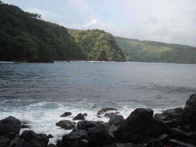 Nahiku_003_jx_02242007 - Also on windward Maui not far from the Three Bears Falls was the Nahiku Landing, where we got this view of the coastline