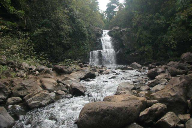 Nanue_Falls_005_03092007 - Nanue Falls