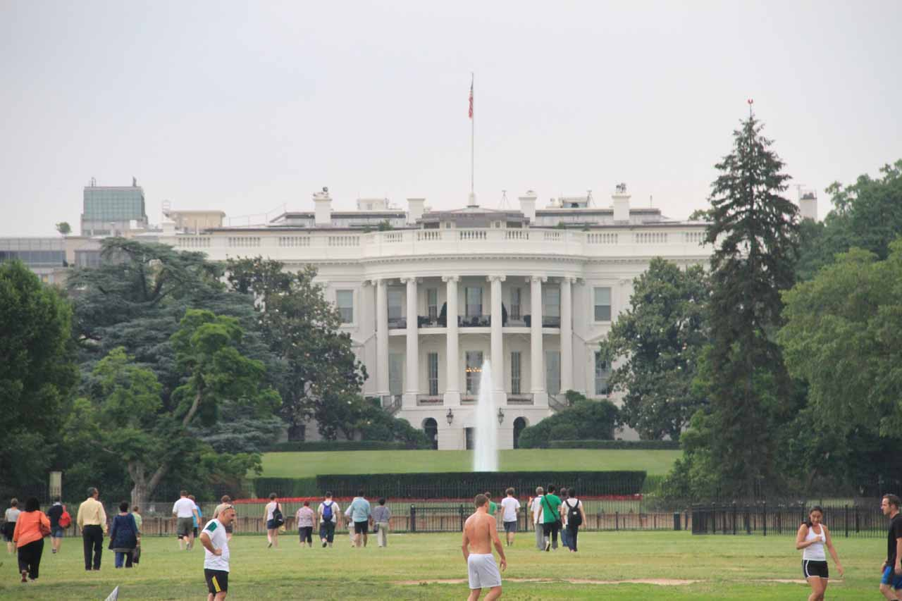 Distant view of the front of the White House