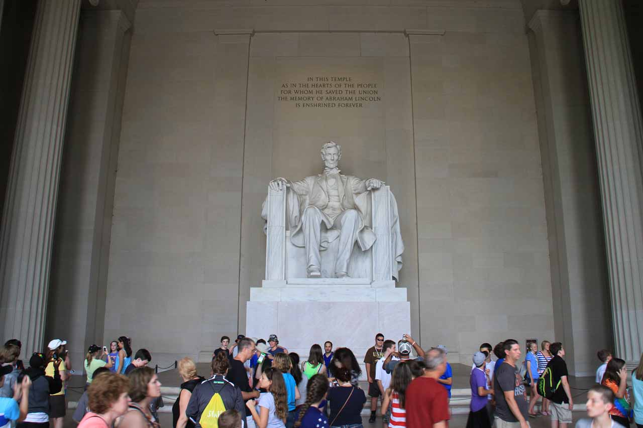 The crowd gathered before the Lincoln Statue