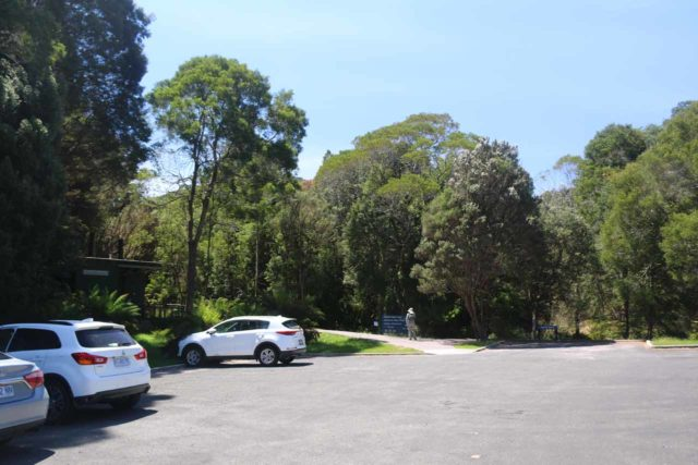 Nelson_Falls_17_005_11282017 - The car park for Nelson Falls