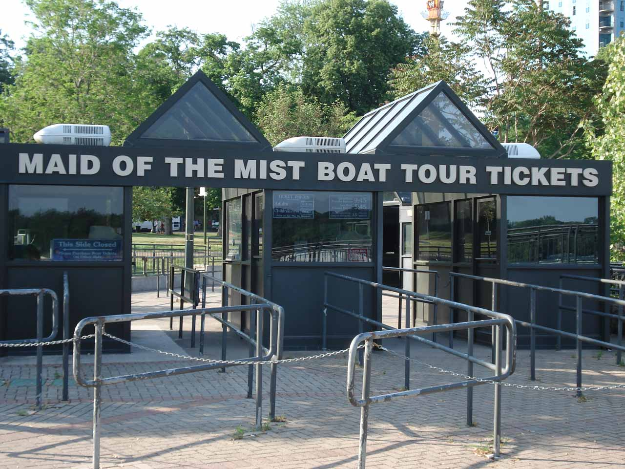 Ticket booths for Maid of the Mist