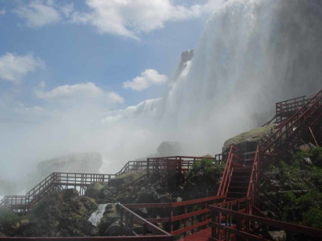 Niagara_Falls_091_jx_06142007 - Crazy misty scene at the Cave of the Winds tour on the American side of Niagara Falls