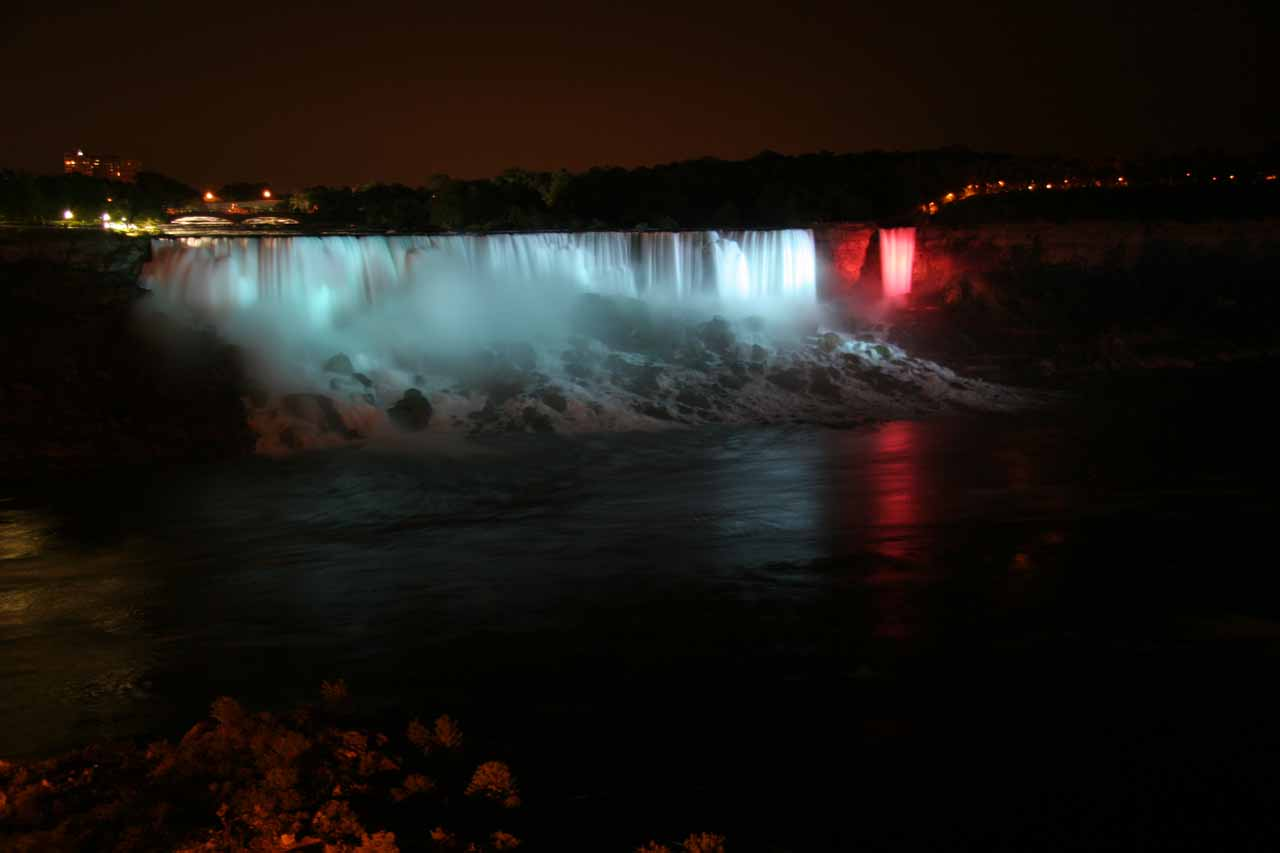 Another look at the lit up American Falls