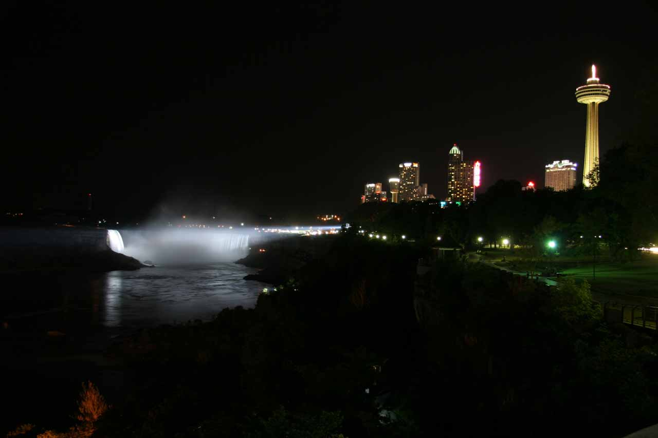 Looking back at Horseshoe Falls in white light with the Canadian skyline to the right