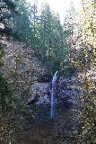 Niagara_and_Pheasant_Creek_Falls_037_04082021 - Looking across the gorge towards the free-falling Pheasant Creek Falls