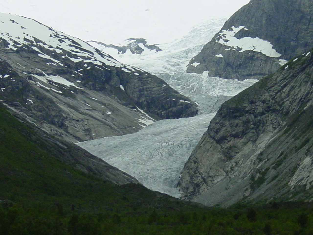 Probably the highlight of our visit to Jostedalen was the glacier Nigardsbreen.  It was too bad the weather was a bit gloomy otherwise the glacier's hues would have really stood out!