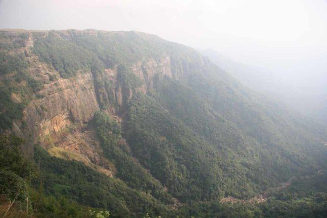 Nohsngithiang_Falls_018_11092009 - Dry Nohsngithiang Falls