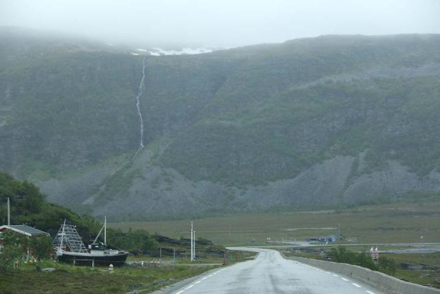 Nordkapp_pursuit_012_07062019 - Looking towards the Ruossajohka Waterfall from the E69