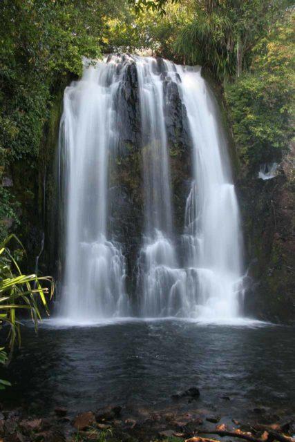 Ntumbachushi_Falls_018_05302008