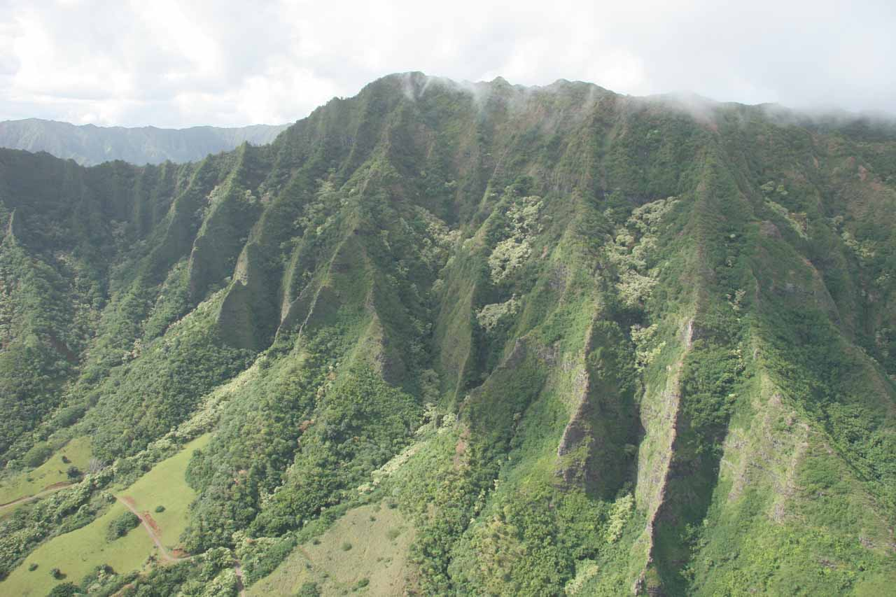 I really wished our heli tour spent more time in the Ko'olau Range because I felt this was where the action was on the island of O'ahu