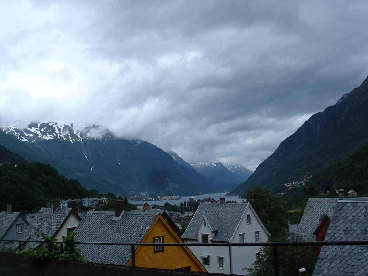 On the north end of the Odda Valley and the head of the Sørfjord was the beautifully-situated town of Odda, which was the main center of the Odda Municipality