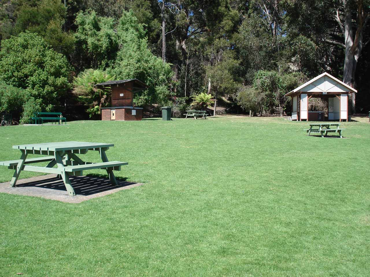 Picnic area at the Burnie Park
