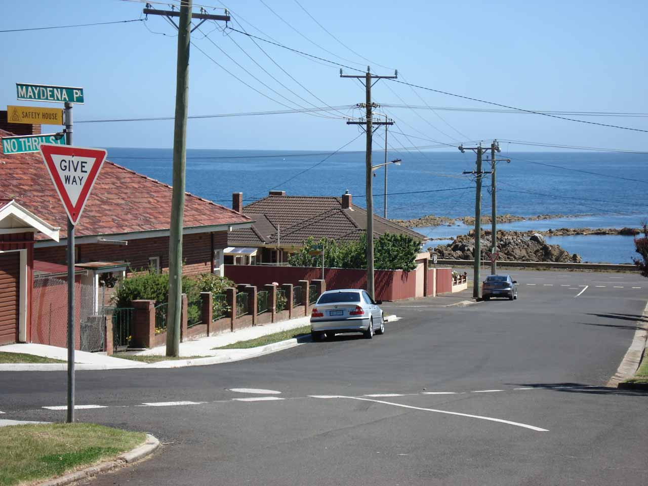 Burnie Park was close to the Bass Hwy in the western end of Burnie, which was close enough to see the ocean