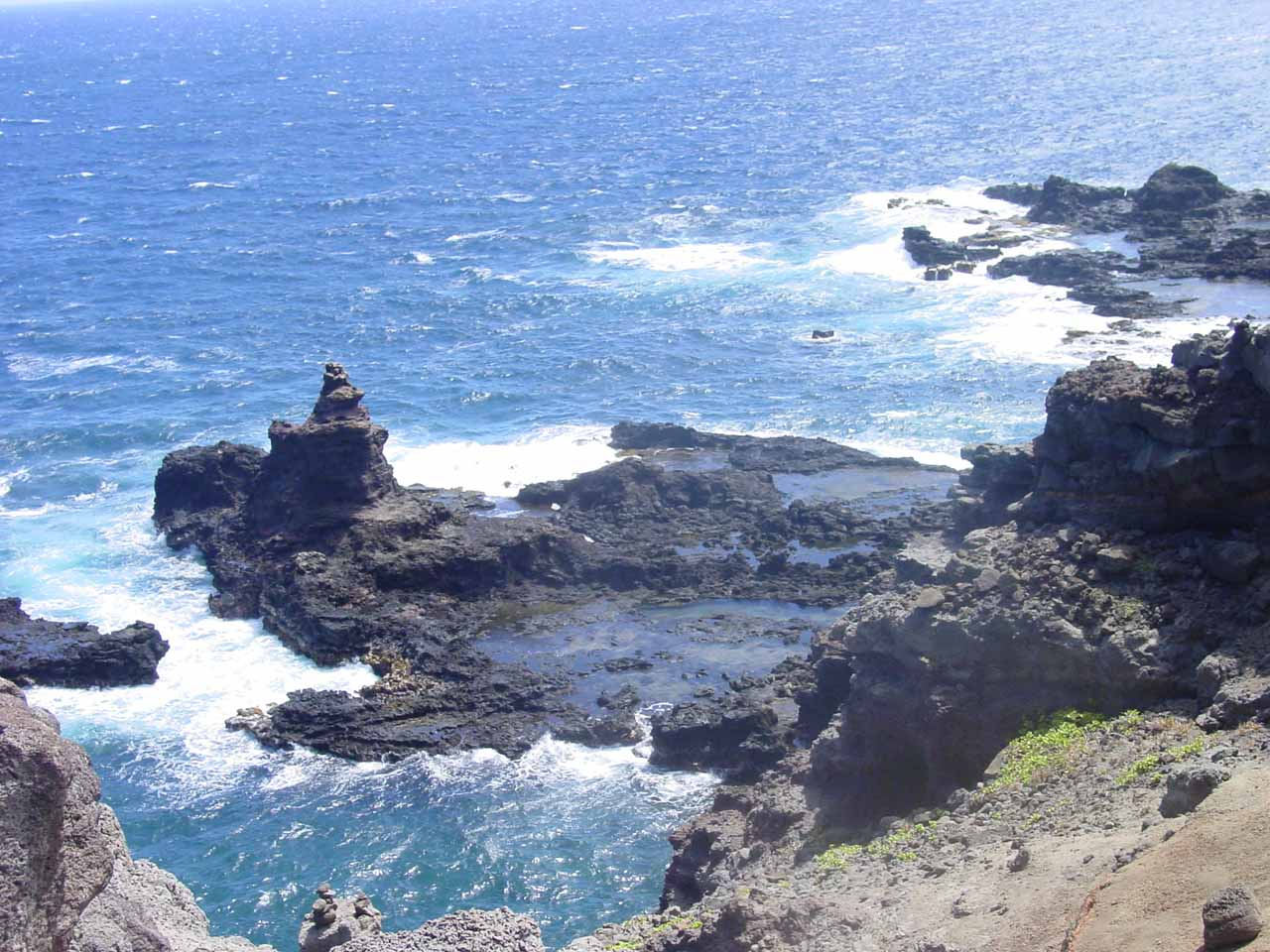 While driving around West Maui, I recalled we were also looking for the Olivine Pools, though I wasn't sure if was the general area where we would've found it