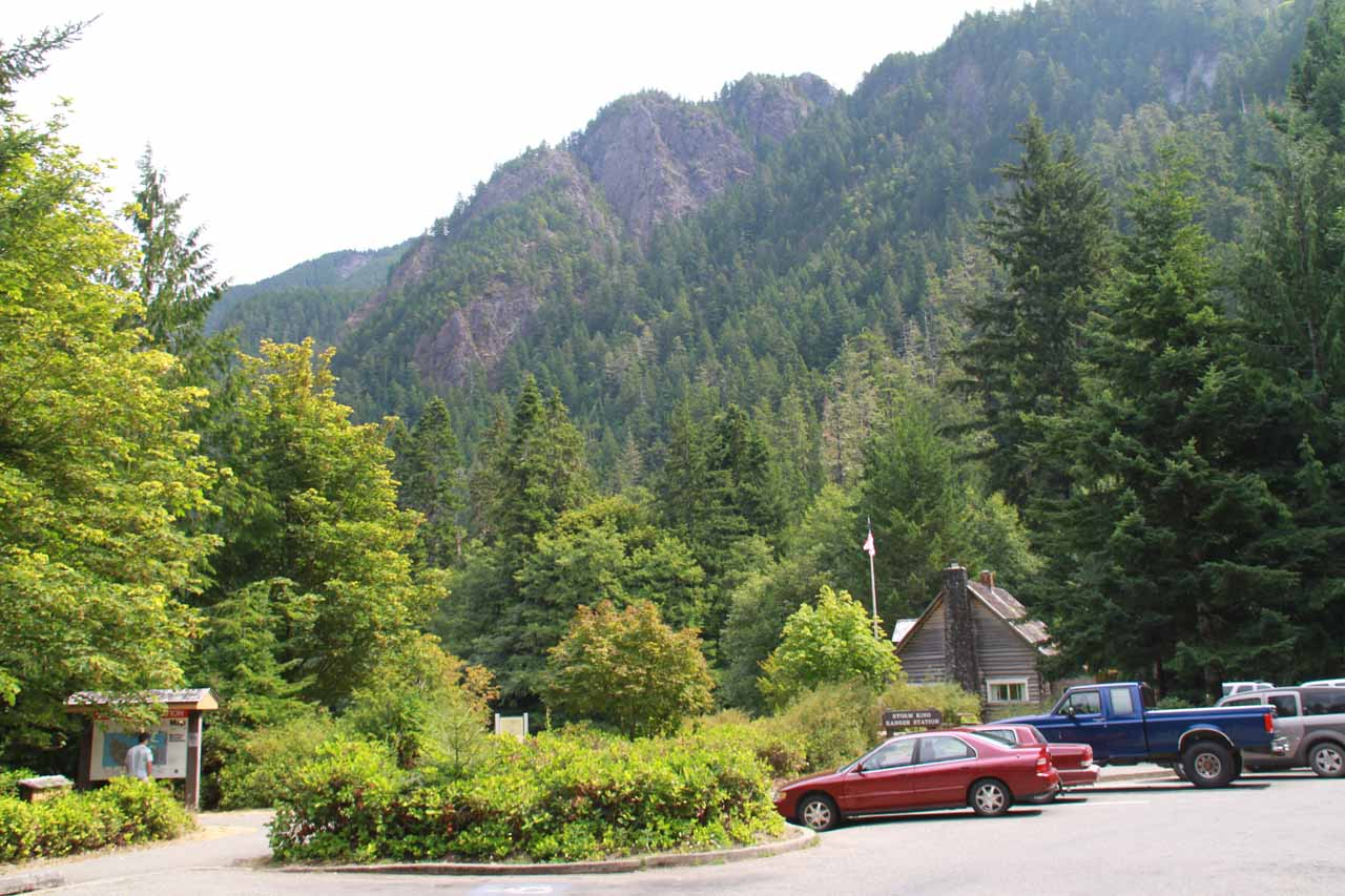Tall mountains backing the car park for Marymere Falls near the shores of Lake Crescent