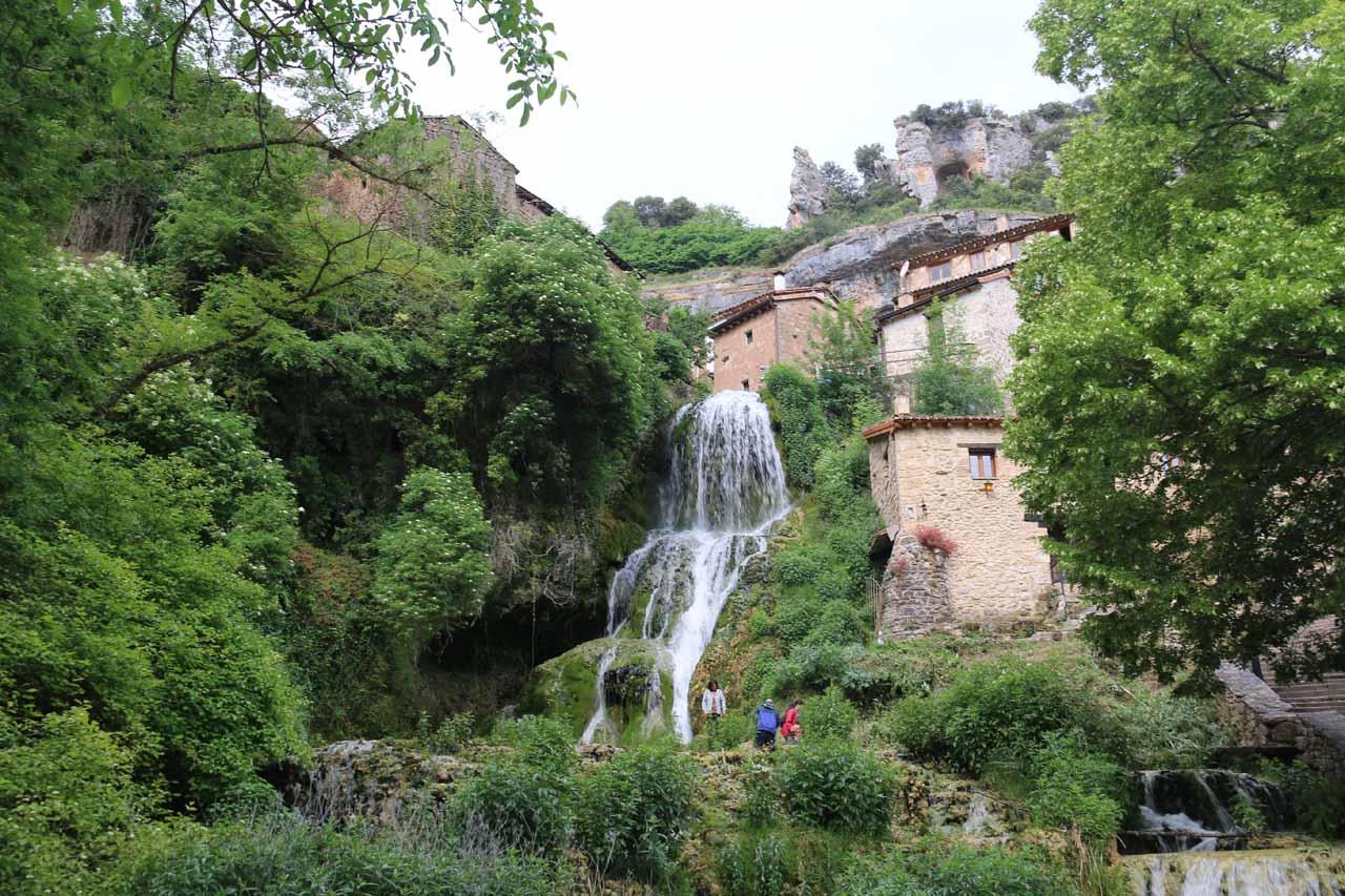 Contextual view of the waterfall at Orbaneja del Castillo