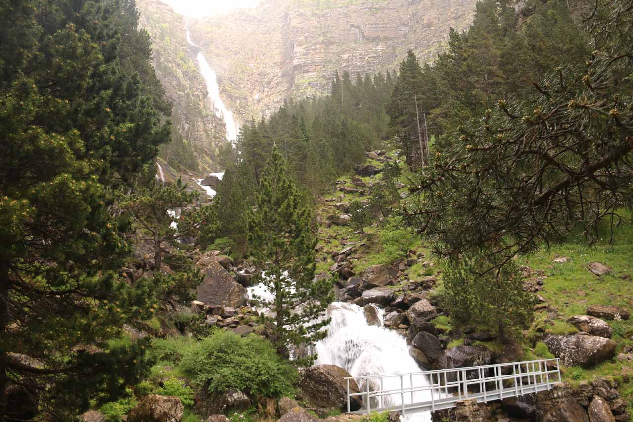 This was my first look at the Cascada de Cotatuero and the bridge
