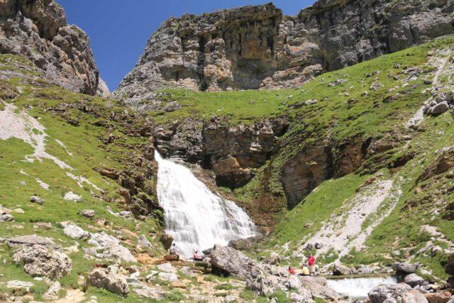 Ordesa_729_06172015 - Cola de Caballo Waterfall at the foot of the Circo de Soaso